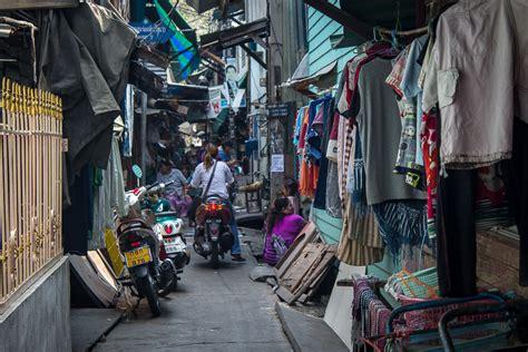 Car Interior Philippines Bangkok S Klong Toey Slum And Helping Hands