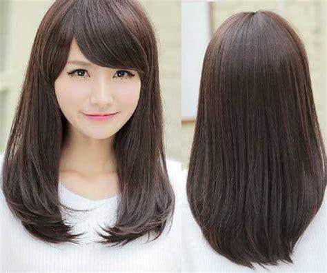 Model Rambut Lurus model rambut lurus sebahu yang indah dan menawan