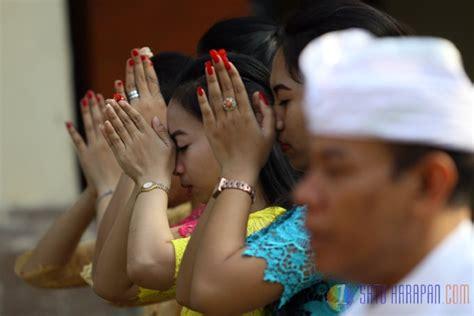 Yoko Pemangku satu harapan umat hindu gelar doa bersama untuk jokowi jk