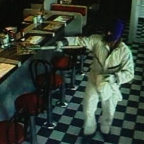waffle house robbery waffle house robbery 28 images hwy 154 waffle house robbed at gunpoint the newnan