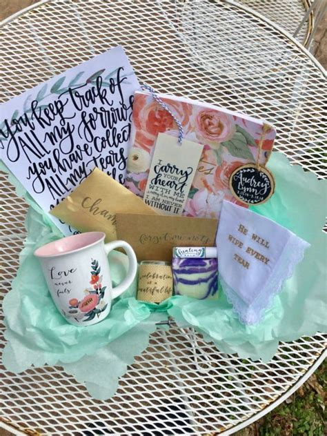 comforting gift ideas 25 best ideas about sympathy gifts on pinterest