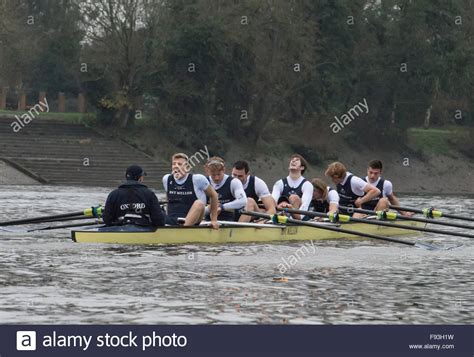 thames river boat race 2015 river thames uk 13th december 2015 boat race trial