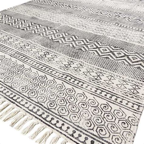 black and white flat weave rug 4 x 6 ft black white printed area accent dhurrie cotton rug flat weave woven ebay