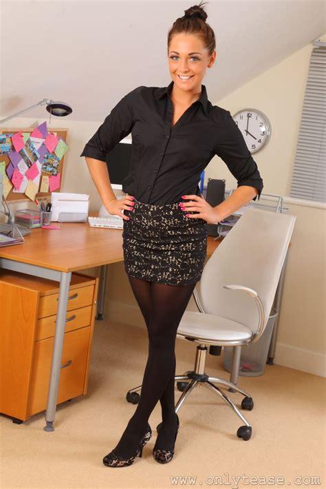 gallery stocking secretary pantyhose pics of only tease s daisy watts