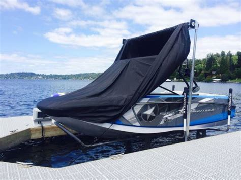 pontoon boat lift covers want hassle free boating pontoon deck boat magazine