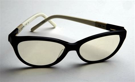 technology adds new dimension to prescription eyeglasses