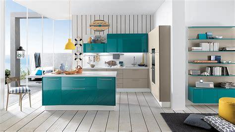 e cucina la cucina colorata un guizzo di vitalit 224 cose di casa