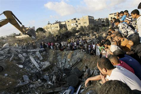 gaza an inquest into its martyrdom books gaza war rages despite hamas israel truce pledges the