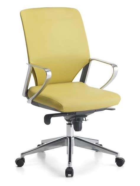 sedia con rotelle per ufficio sedia direzionale per ufficio base con rotelle idfdesign