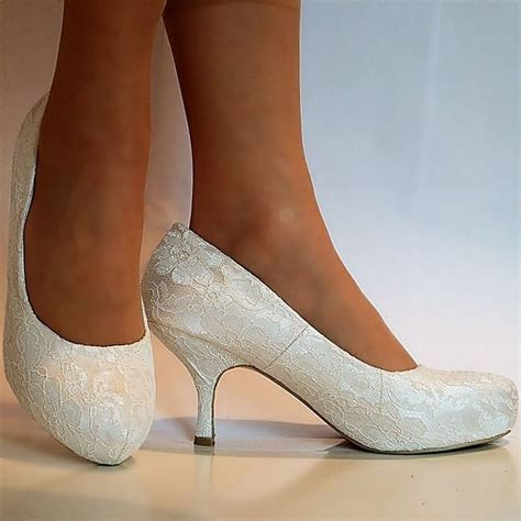 Wedding Shoes Kitten Heel by 25 Best Ideas About Kitten Heel Wedding Shoes On