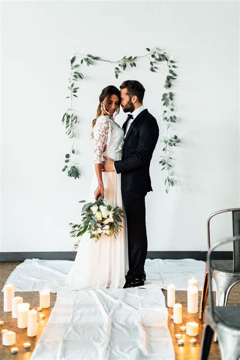 Minimalist Wedding Details You'll Want to Take Note of