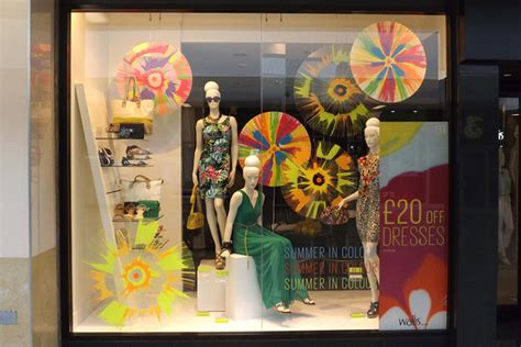 window display ideas inspiration retail wallis window display summer