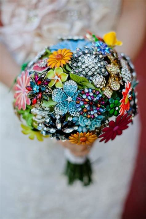 Handmade Brooch Bouquet - brooch bouquets easy diy ideas you will tutorial