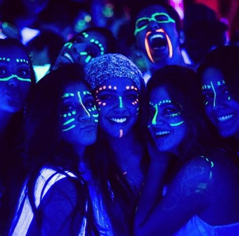 glow in the paint makeup best 25 glow paint ideas on black light