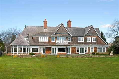 shingle homes traditional shingle style waterfront home in east hton