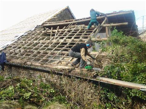 dak voor schuur dak schuur stunning voor houten schuur met veranda met