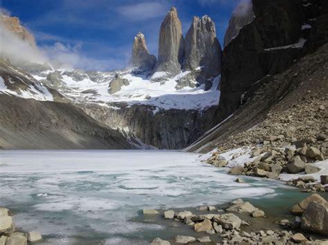 mirador las torres frozen lake at mirador las torres torres del paine chile