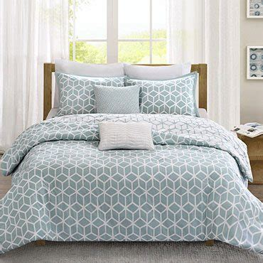 bed skirt alternatives tips on buying a bed skirt overstock com