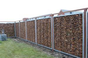 Trellis Fencing Gabions Avec 233 Corces De Coco Kokosystems International