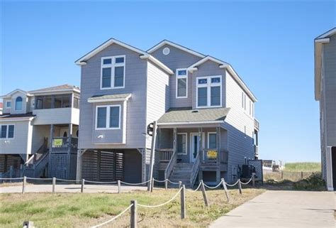 14 Bedroom House Outer Banks Lounges Home And Pools On