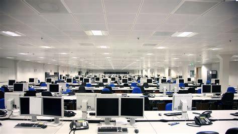 ufficio sta fastweb l informatica si sposta sulla nuvola parola di cloud