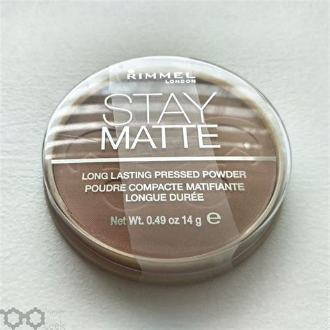 Rimmel Stay Matte Pressed Powder Beige review rimmel stay matte lasting pressed powder 018 beige