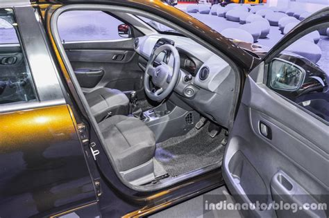 kwid renault interior renault kwid 1 0 interior at the auto expo 2016 indian