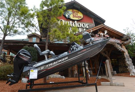 bass pro shop leeds alabama boats a look at bass pro shop in leeds gallery decaturdaily