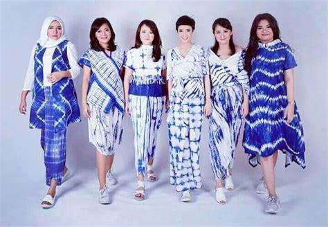 Kebaya Kr 375 batik ideas에 있는 yovita aridita님의 핀 원피스 및 드레스