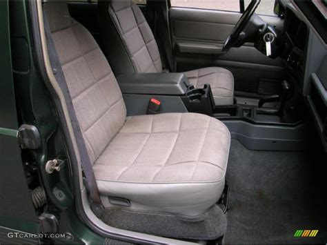 classic jeep interior gray interior 1996 jeep cherokee classic 4x4 photo