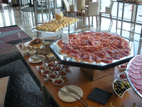Planning An Office Holiday Party Menu 5 Tips For A Ham Buffet Menu