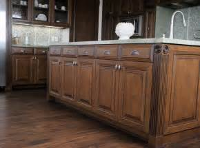 Distressing either way glazing and distressing cabinets are mutually