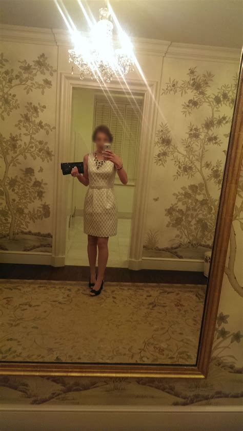white house bathroom here s a woman supposedly taking a selfie in a white house