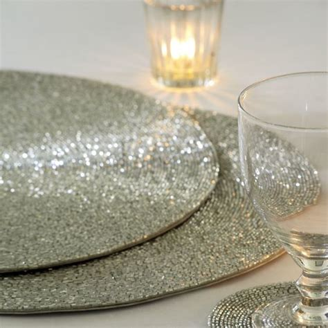 white beaded placemats white company bead placemat centerpieces tablescapes