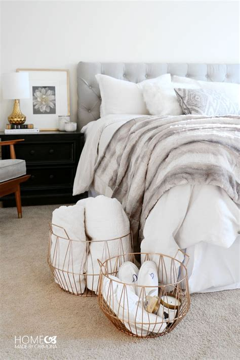 cozy bed best 25 fur throw ideas on pinterest comfy bed white