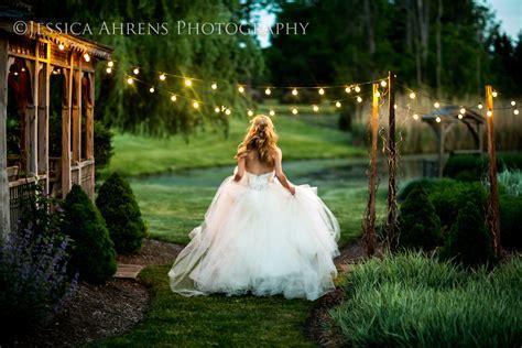 Timberlodge Wedding Photography   Akron NY   Jessica