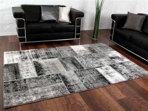 schwarz weisser teppich patchwork teppich eine besonderheit f 252 r sich