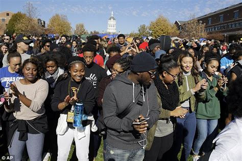 Missouri Student President School Has Racism Also Unity - university of missouri chancellor resigns after president