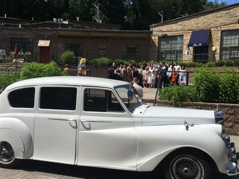 roll royce wedding rolls royce austin princess limo rental vintage wedding