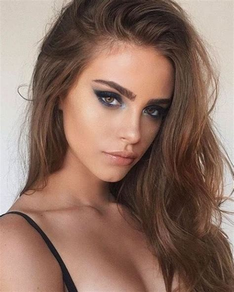 change mouth eyes hairstyle effect bold smokey eye makeup and nude lip love this look
