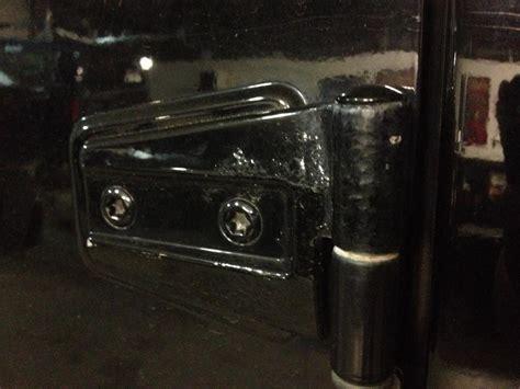 2008 jeep wrangler door hinges 2007 jeep wrangler rust on door hinges 3 complaints