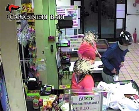 criminal trucchi energia bari sorvegliato speciale rapina supermercato con pistola