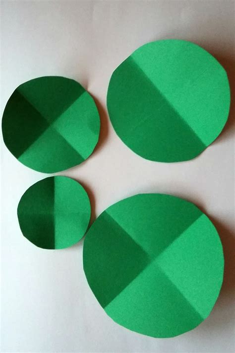 Circle Origami Paper - how to make folded paper decorations birch and