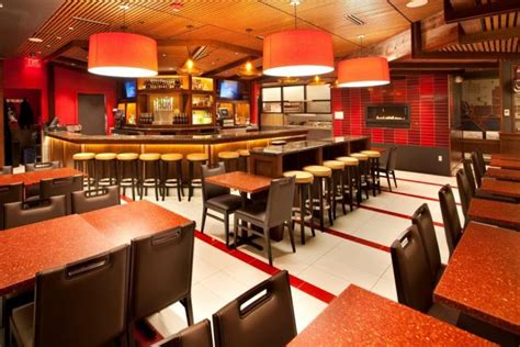 american tap room willow lawn ronald washington national airport