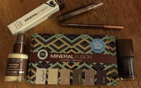 Mineral Makeup A Whole Foods Near You by Look Gorgeous With Minimal Effort Using Mineral Fusion