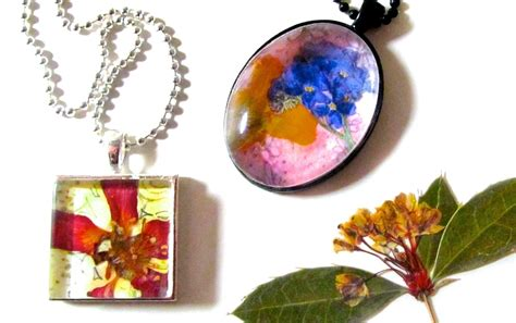 how to make glass jewelry pendants pressed flower pendants 183 how to make a glass pendant