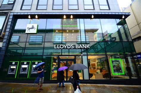 lloydst bank lloyds banking rolling out audio fingerprint