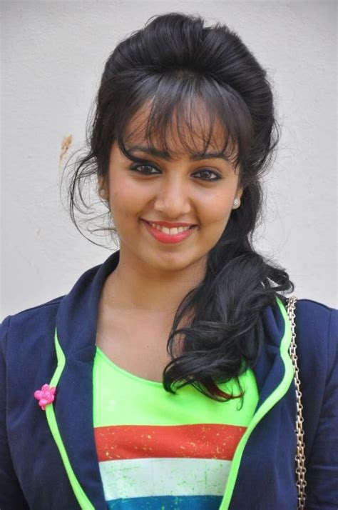 telugu actress tejaswini tejaswini photo stills tejaswini new pics telugu actress
