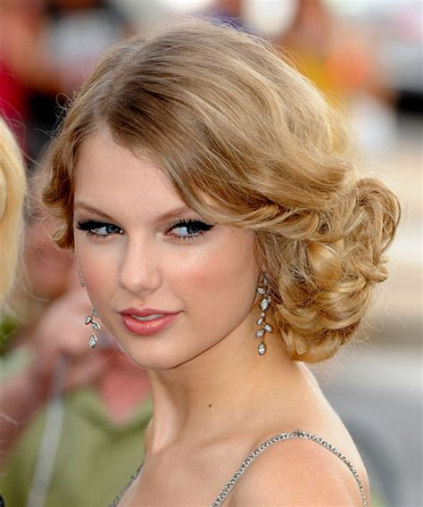 taylor swift updo back view taylor swift hairstyle formal updo long straight hairstyle