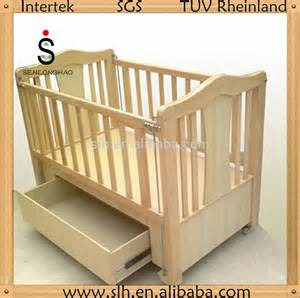 2015 sale soild wooden baby cribs with sheep bedding